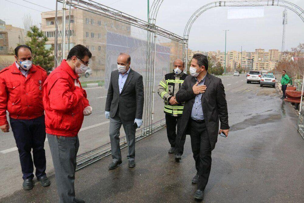 خبرنگاران تونل ضدعفونی خودرو در تبریز رونمایی شد