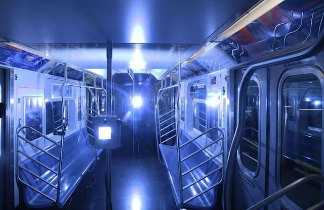 مهار کرونا در مترو نیویورک با اشعه فرابنفش