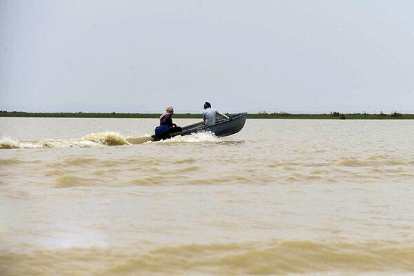 توقیف 4 فروند قایق صیادی غیرمجاز در بندرلنگه