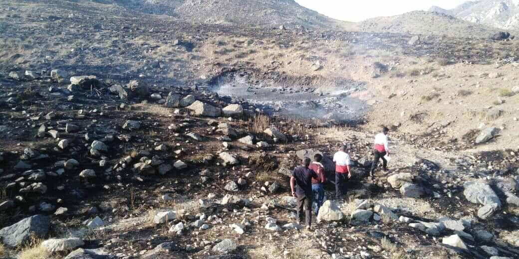 خبرنگاران آتش سوزی علفزارها به فضای سبز گرمدره خسارت وارد کرد